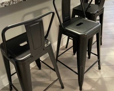 Set of 4 Metal Bar Stools with Distressed Look