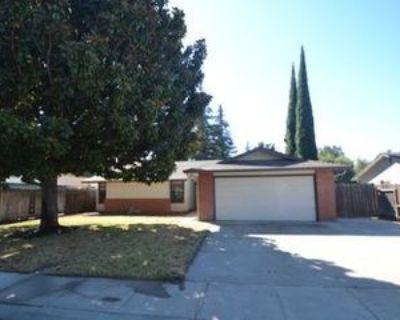 922 Cypress St, Manteca, CA 95336 3 Bedroom House