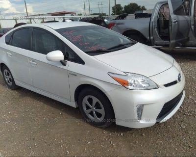 Salvage White 2015 Toyota Prius