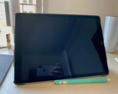 iPad Pro 12.9'' 256GB 2017 + apple pencil + iPad case + magic keyboard