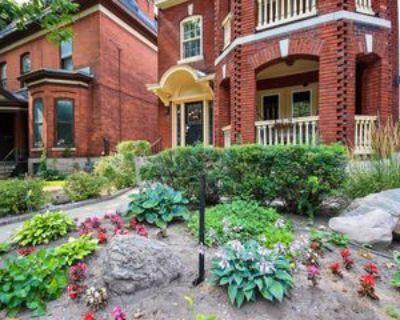 231 Daly Avenue #2, Ottawa, ON K1N 6G1 2 Bedroom Apartment