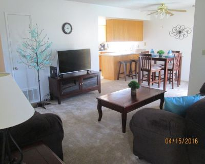 506F 2 bdrm (2 Fl) Overlooking Pool - North Country Meadows