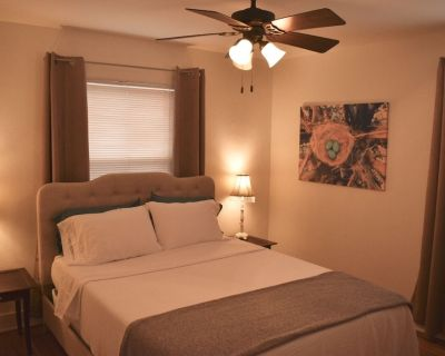Pet Friendly in Peoria Heights! - Peoria Heights