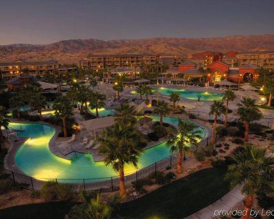 Worldmark Indio Coachella Stagecoach King, 2 twins, Queen Murphy Bed sleeps6 - Terra Lago