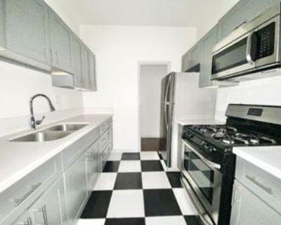 808 S Hobart Blvd #103, Los Angeles, CA 90005 Studio Apartment