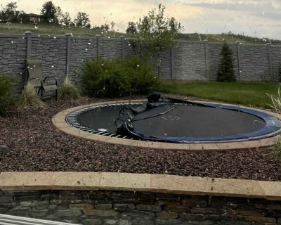 15ft trampoline great condition