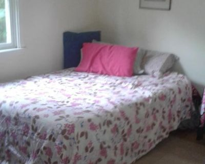 Furnished or unfurnished room in quiet home
