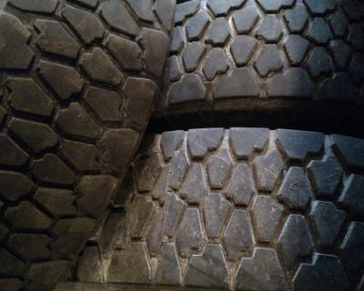 Lt 225-75-16 MT mid tires 10 ply great tread older tire have