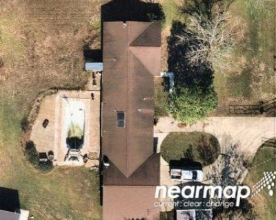 Preforeclosure Property in Atascosa, TX 78002 - Shepherd Rd