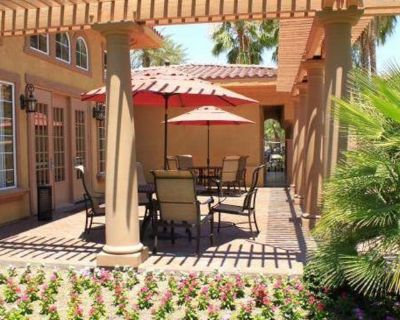 Private room with own bathroom - Palm Desert , CA 92260