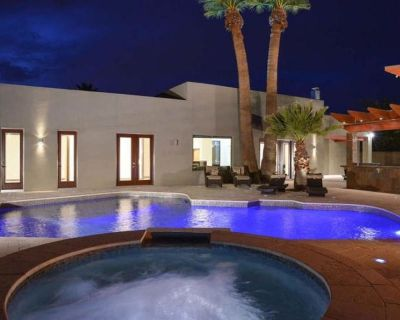 JACUZZI & PRIVATE HEATED POOL - LUXURY in the heart of Scottsdale - Shea North Estates