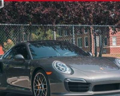 2016 Porsche 911 Turbo S