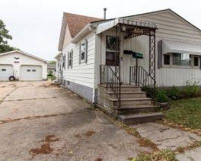 404 S Mantorville Ave, Kasson, MN 55944 3 Bedroom House
