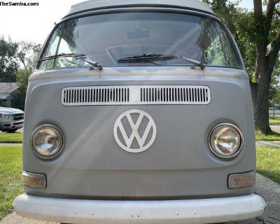 69 VW Bus Camper
