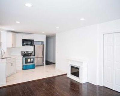 1116 College Street #3rd Lvl, Toronto, ON M6H 1B6 3 Bedroom House