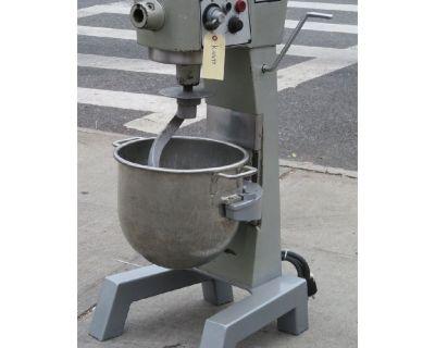 Hobart 30 Quart D300T Mixer