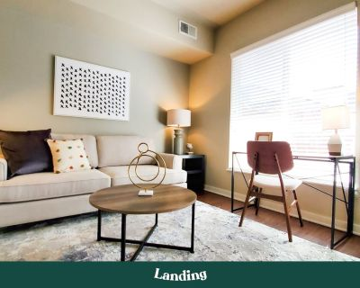Landing   Modern Apartment with Amazing Amenities (ID8810) - North Broadway - Holiday