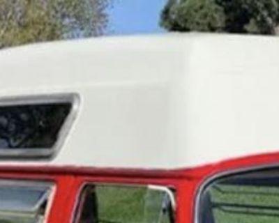 [WTB] Fiberglass High top any condition