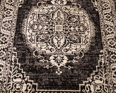 Area Rug 7ft x 5ft