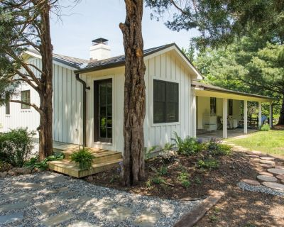 CEDAR LANE - Private Cottage, Sophisticated Country Charm - Middleburg