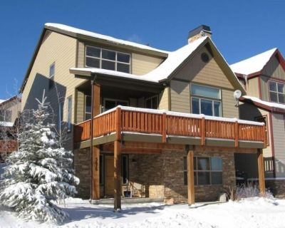 *Exceptional Ski Home ***4BR**Sleeps 10**WINTER Monthly Rate Available - Bear Hollow Village