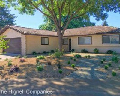 18 Vermillion Cir, Chico, CA 95928 3 Bedroom House