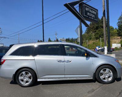 Used 2011 Honda Odyssey Touring DVD/NAV 7 Pass. Mini-Van