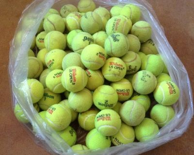 TENNIS Balls, Wilson, Dunlop, Penn for practice (66 count ) used