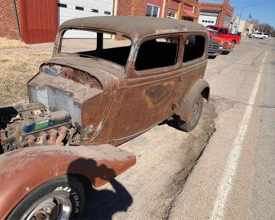 1934 Ford 2-Dr Sedan