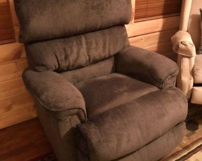 Catnapper electric recliner