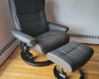 Stressless leather recline chair and ottoman