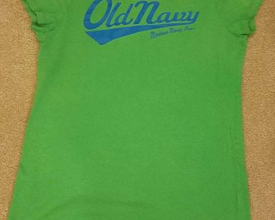 Girl's Old Navy T-Shirt - Size L