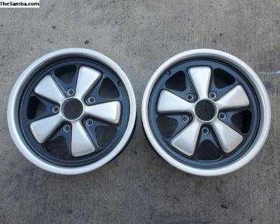 Factory Porsche 911 fuchs 6J X 15 wheels