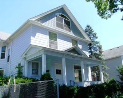 266 E Sanborn St, Winona, MN 55987 3 Bedroom Condo