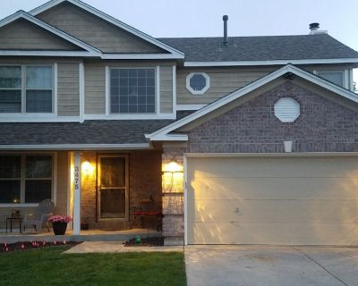 Hot Tub/Gym/Clean/Mnt Views/Pool Table in Co Spgs - Colorado Springs
