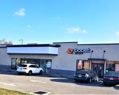 High Traffic Retail Space for Lease
