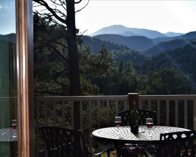 NEW Luxury Cabin! Upper Canyon -Sierra Blanca view close to town - Ruidoso
