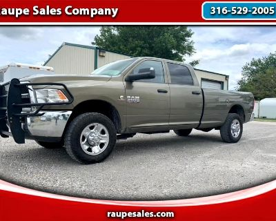 2015 Dodge Ram Pickup 3500 Long Bed 4WD Diesel with B&W hitch