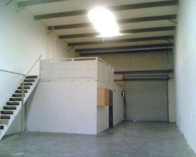 1,500 ft. sq. Ocoee-Lockhart - Apopka warehouse for rent $1,300, 24/7 safe access.