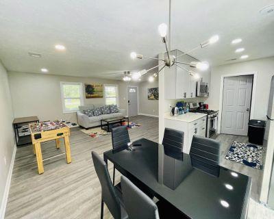 Private House - Modern Interior - Near Atlanta - Powder Springs