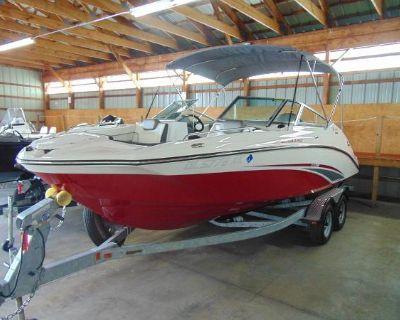 2016 Yamaha Boats 212SS