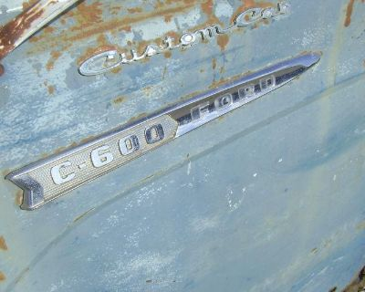 1962 62 Ford Cabover Coe C-600 Badges Good Pair 1961 61 1963 63