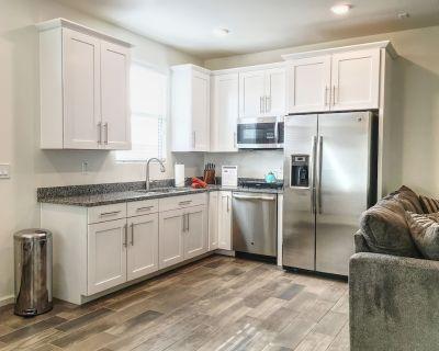 Lovely -1 Bedroom Suite, Queen Creek/San Tan Valley, AZ - San Tan Valley