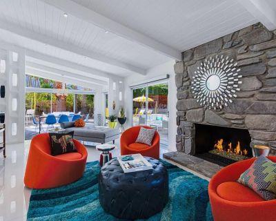 Swank House! Midcentury Designer Showplace! 4 Master Suites! Pool! Spa! Mt Views - Vista Las Palmas