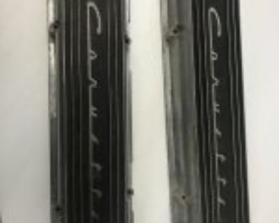 Early Corvette 9 fin staggered valve covers