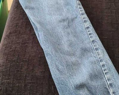 Old navy loose boot cut jeans size 8 slim