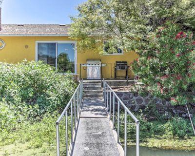 Wine Country Oasis w/ Waterfront Terrace & Dock! - Clearlake Oaks