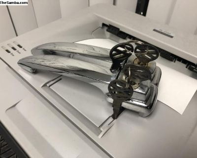 NOS 1960-1963 Bug door handles matching keys