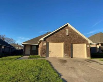 8142 Tanner Ave, Fort Worth, TX 76116 3 Bedroom Apartment