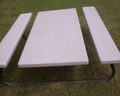 (2) POLYETHYLENE FOLING PICNIC TABLES 785-623-0469